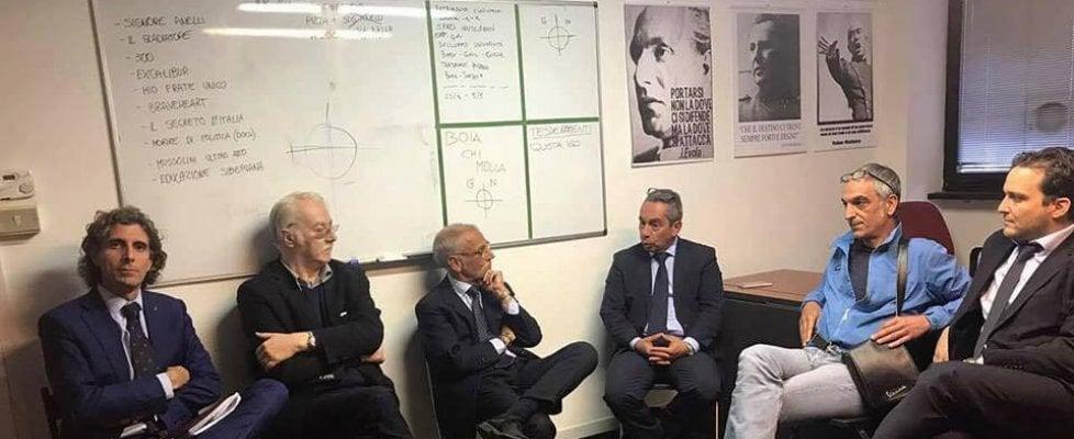"""Genova, """"Boia chi molla"""" e croci celtiche per il candidato  di Fratelli d'Italia"""