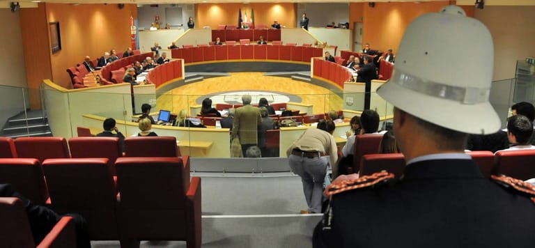 La carica dei 151 ex: mezzo milione al mese per i vitalizi della Regione