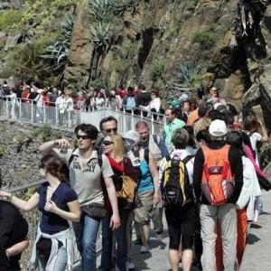 La Liguria scoppia di turisti, treni straordinari per il 25 aprile