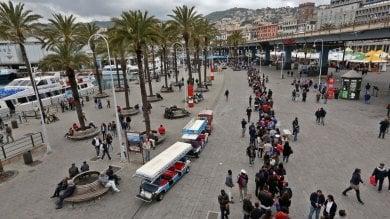 Assalto di turisti, in coda al Porto  Antico