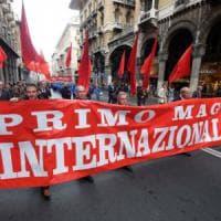 Genova,  comizio del primo maggio in galleria Mazzini: