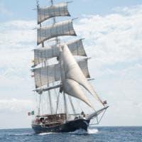 Nave Italia salpa da Santa Margherita: è il brigantino più grande (e buono)