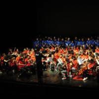 Trillargento, 140 bambini cantano insieme contro i pregiudizi