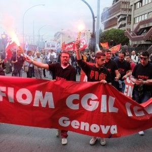 La protesta Ilva all'inaugurazione dello stabilimento Ansaldo