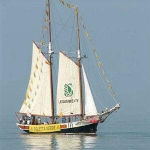 Ambiente: 43 reati contro il mare al giorno, parte Goletta Verde