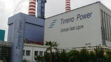 Tirreno Power: via alla demolizione  di una ciminiera a Vado