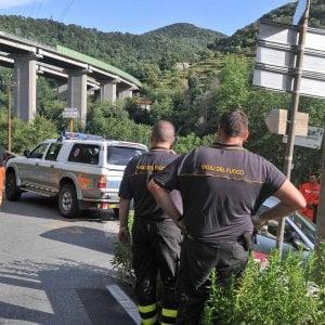 """L'allarme dei vigili del fuoco: """"Mancano 130 pompieri in Liguria"""""""