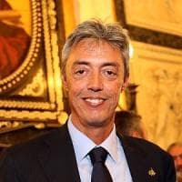 Genova, danneggiamenti in Comune: ha un volto il vandalo