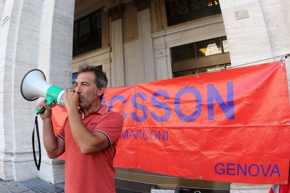Ericsson, i lavoratori ancora in piazza