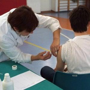 Vaccini, a tutte le famiglie liguri una lettera che vale come certificato per la scuola
