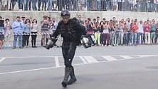 Genova, l'uomo razzo tra gli scienziati dell'Iit  VIDEO   di ANNISSA DEFILIPPI