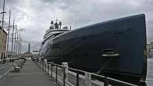 Lo yacht di The Edge attraccato all'Expò