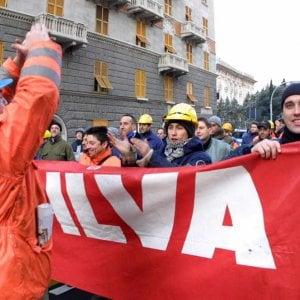 Ilva, seicento esuberi e accordo azzerato: la rabbia di Cornigliano