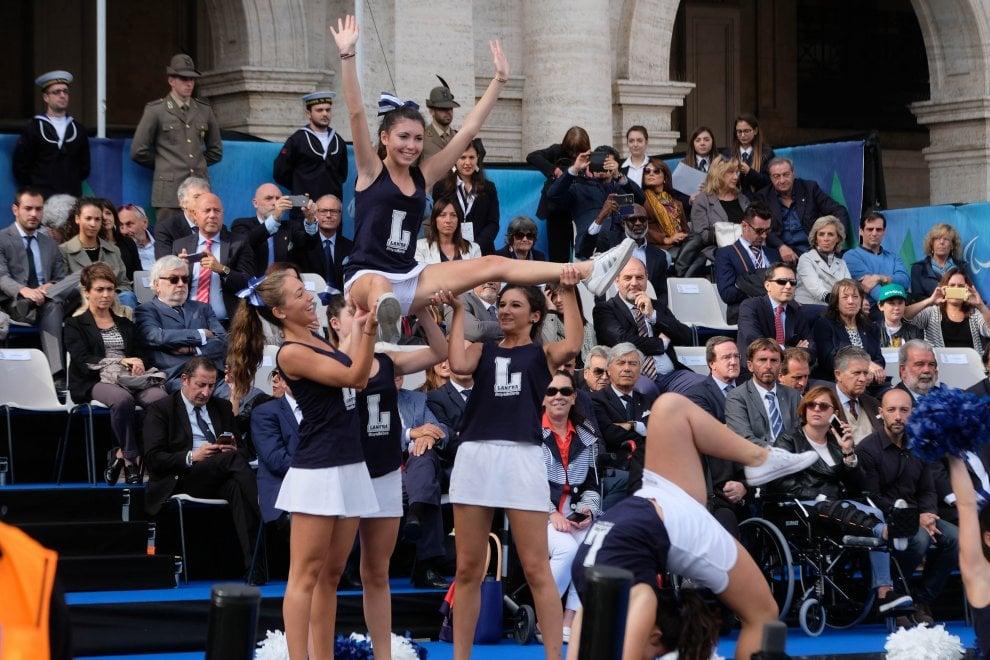 Giochi Paralimpici giovanili, il centro di Genova invaso dagli atleti