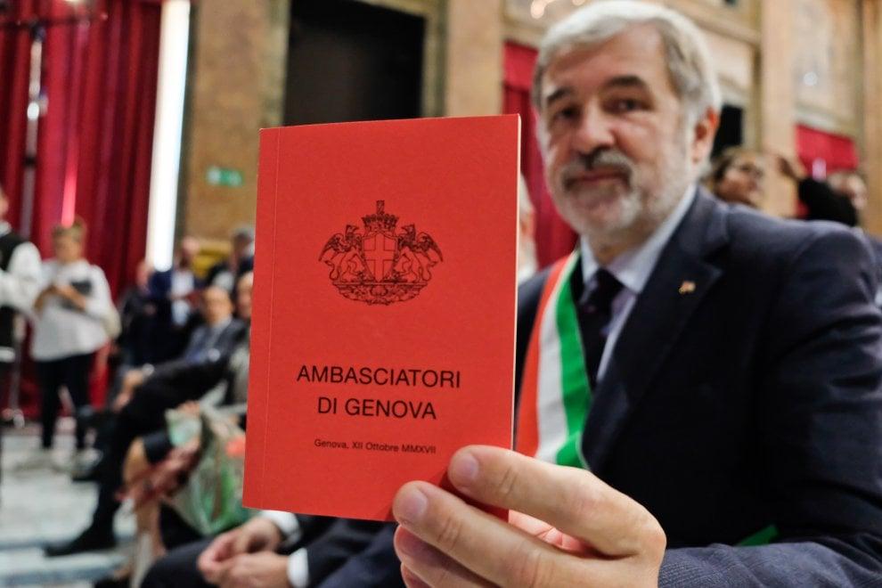 """Scienziati, ristoratori, avvocati, imprenditori, sono i 31 """"ambasciatori di Genova"""" nominati dal sindaco Bucci"""