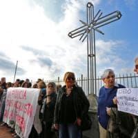 Migranti a Multedo, prove di dialogo