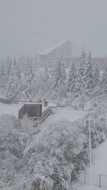 Artesina, anticipo di stagione sciistica, impianti aperti già l'11 novembre