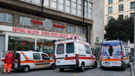 """Genova, il Galliera """"blinda"""" i letti di chirurgia, urgenze nel caos"""