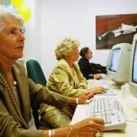 Municipi, l'ultimo schiaffo: a Genova tagliati i corsi per gli anziani