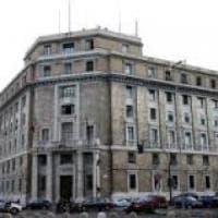 Genova, scoperto dalla polizia un laboratorio di merce contraffatta, cinque