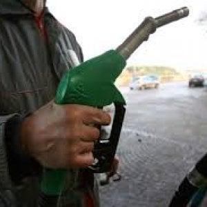Spezia, la Regione regala un buono carburante a cinquemila famiglie