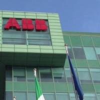 Abb, due ore di sciopero e presidio dei lavoratori