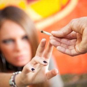 """Gli adolescenti e i """"Paradisi artificiali"""", come sconfiggere l'abuso di droghe"""