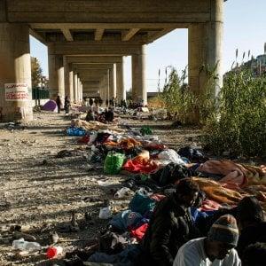 """Migranti: appello associazioni umanitarie per minori: """"Ventimiglia, confine senza diritti"""""""