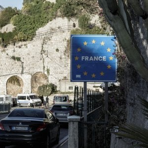 Due nigeriane violentate dai passeurs al confine di Ventimiglia