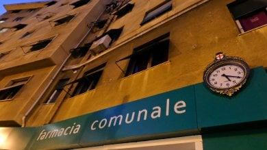 Il sindaco Bucci vuole vendere le farmacie comunali per fare cassa