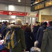 Guasto ad un carro-lavori, treni in ritardo tra Genova e il Levante ligure