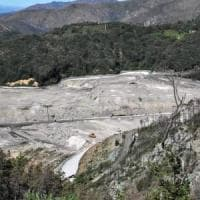 Amiu, il piano per riaprire Scarpino nel 2018