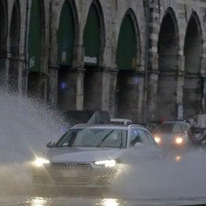 Meteo, allerta temporali prolungata a Genova