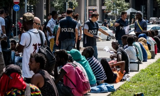 "Monsignor Martino: ""Schedare i profughi è assurdo"""
