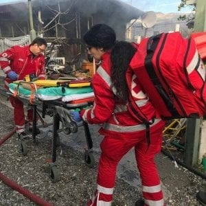 Albenga, incendio nel bungalow, indagine per omicidio colposo