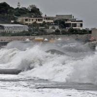 Liguria, avviso di mareggiata e burrasca di vento