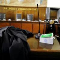 Violenza sessuale: ginecologo genovese condannato a 8 anni e 6 mesi