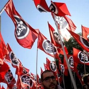 Volantinaggio antifascista e evento Casapound a Genova