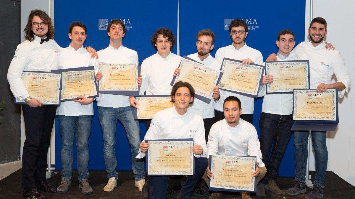 Dieci liguri diplomati alla scuola di cucina di gualtiero - Scuola di cucina bologna ...