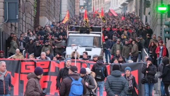 Corteo antifascista a Genova, cinquemila persone anche senza Anpi, Cgil e Pd