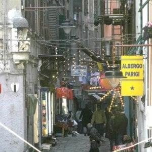 A Genova la periferia è anche via Prè