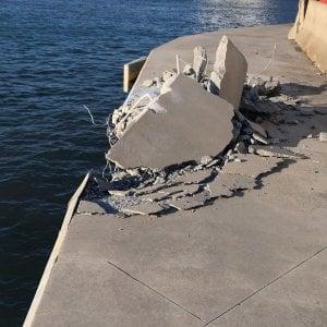 Urto violento del traghetto Sharden contro la banchina di Ponte Colombo