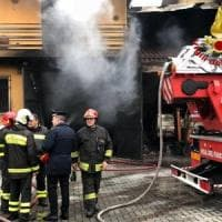 Incendio nell' abitazione di un accumulatore seriale