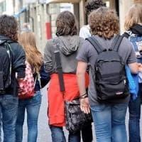 Chiavari, gioventù in attesa: tra i ragazzi domina l'incertezza