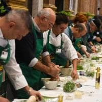 In 27.000 firmano per il pesto patrimonio Unesco