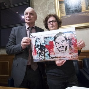 """Il pm del G8 di Genova: """"Ai vertici della polizia chi coprì i torturatori della Diaz"""""""