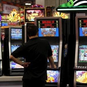 Legge sull'azzardo, dalla Regione Liguria liberi tutti: i limiti alle slot slittano ancora