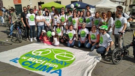 Tutti in bici per il clima, anche a Genova il 22 è Earth Day