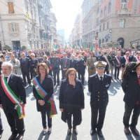 Il corteo del 25 aprile, migliaia in piazza a Genova