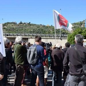 Ventimiglia, partita la marcia di solidarietà ai migranti